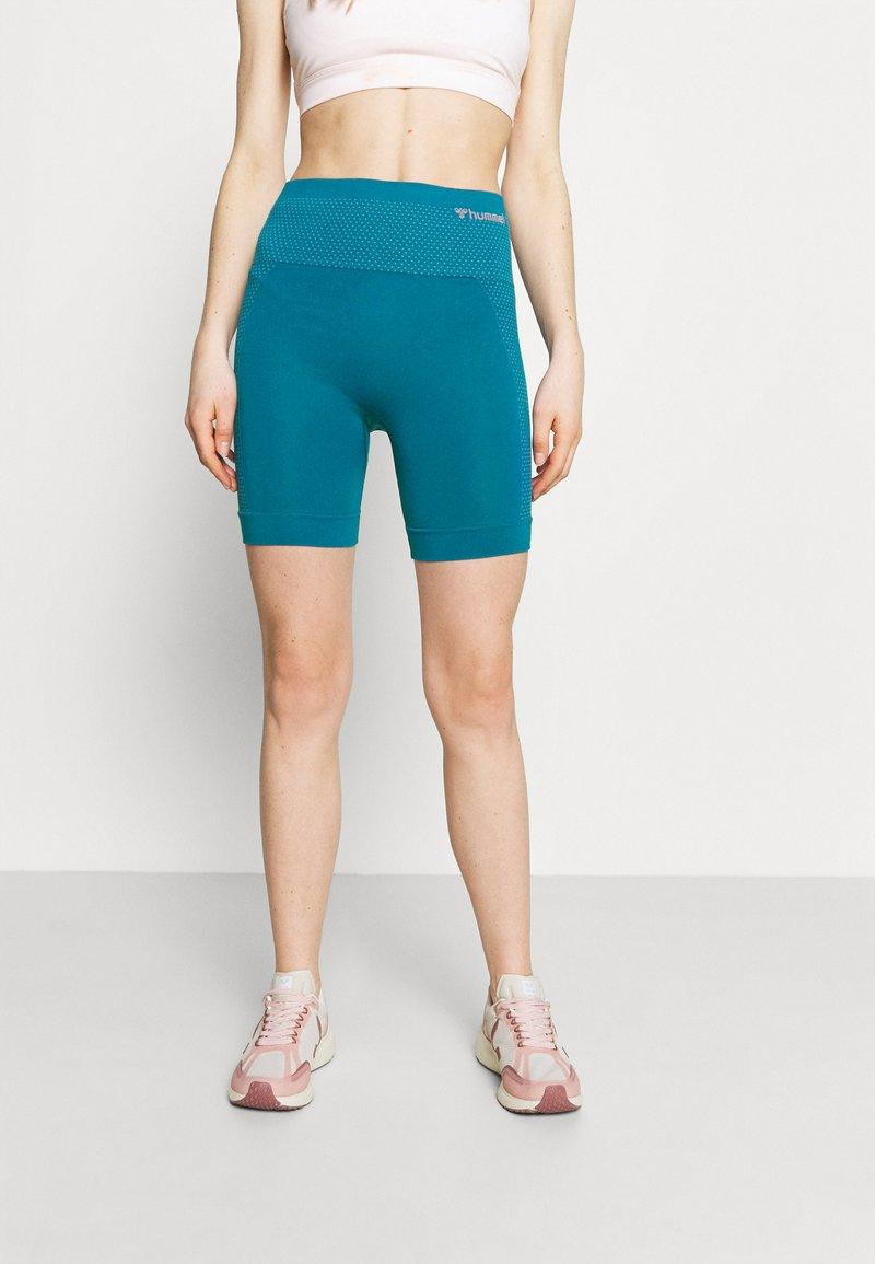 Hummel - HMLFELICITY SEAMLESS SHORTS - Leggings - mykonos blue