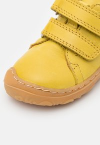 Froddo - MINNI UNISEX - Touch-strap shoes - yellow - 5