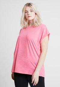 Urban Classics Curvy - LADIES EXTENDED SHOULDER TEE - T-shirt basic - pinkgrapefruit - 0