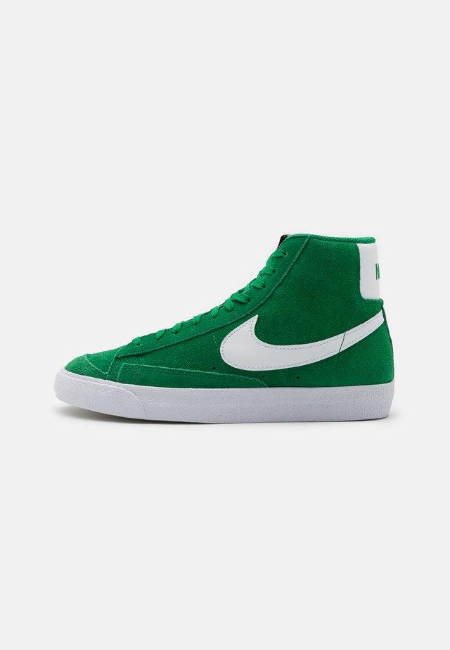 BLAZER MID '77 UNISEX - Sneakers hoog - pine green/white/black/team orange