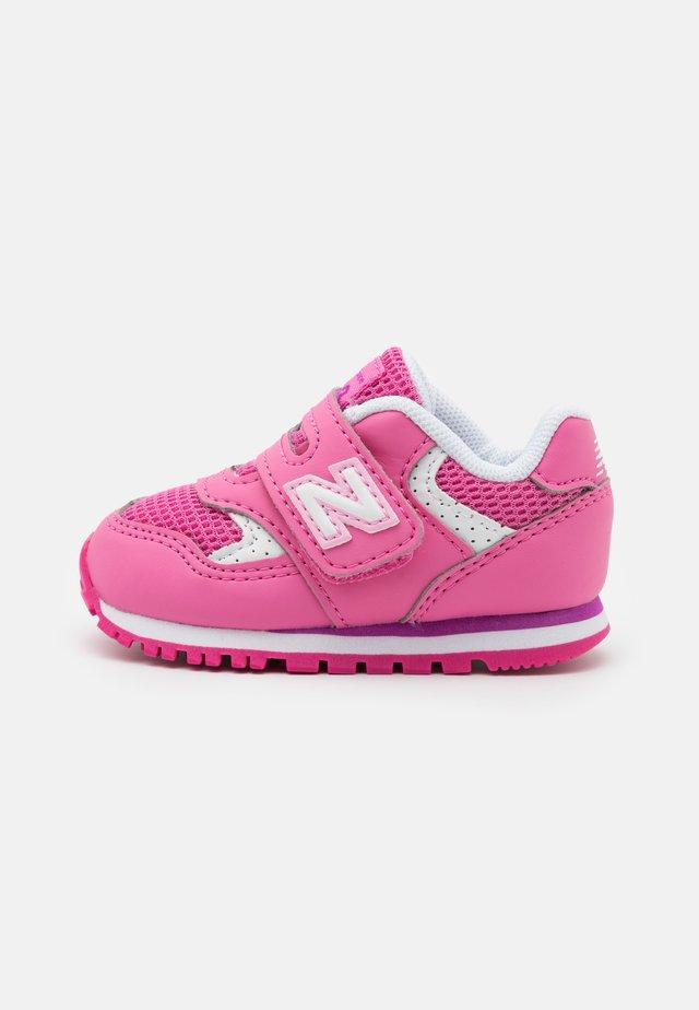 IV393BPK - Sneakers basse - pink