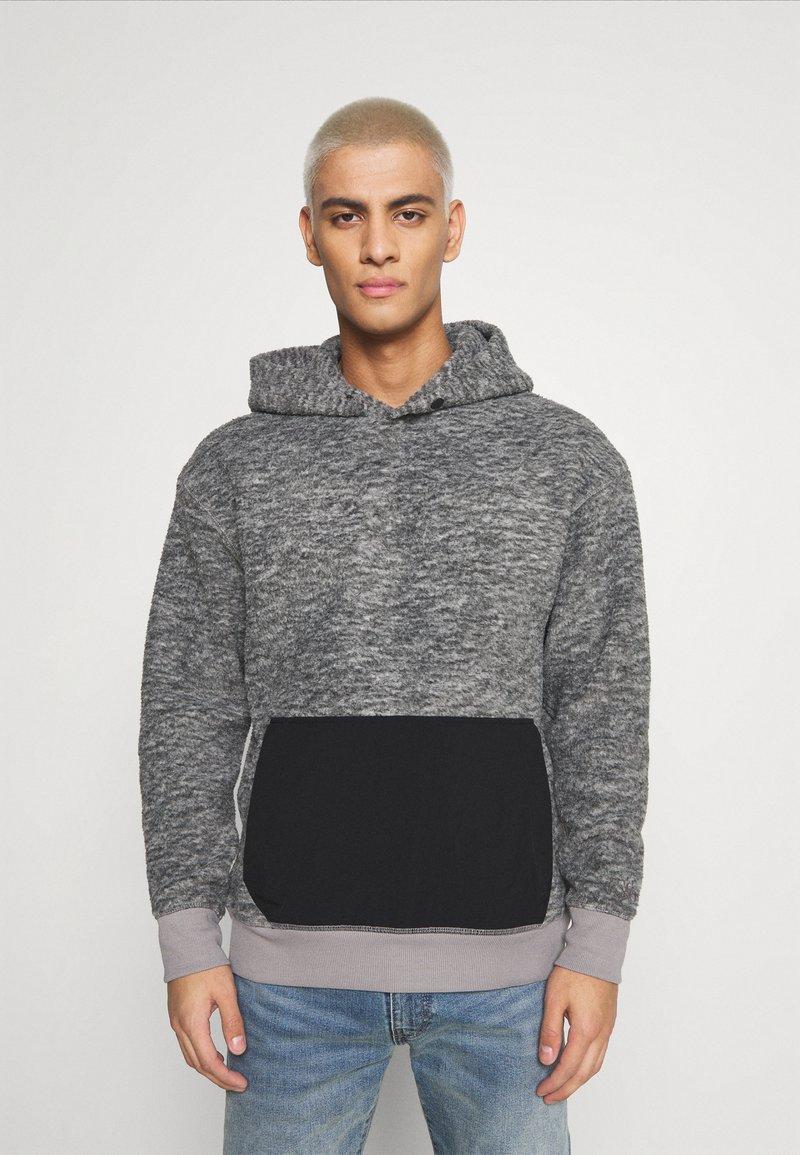 Levi's® - HOODIE - Luvtröja - mottled grey/black
