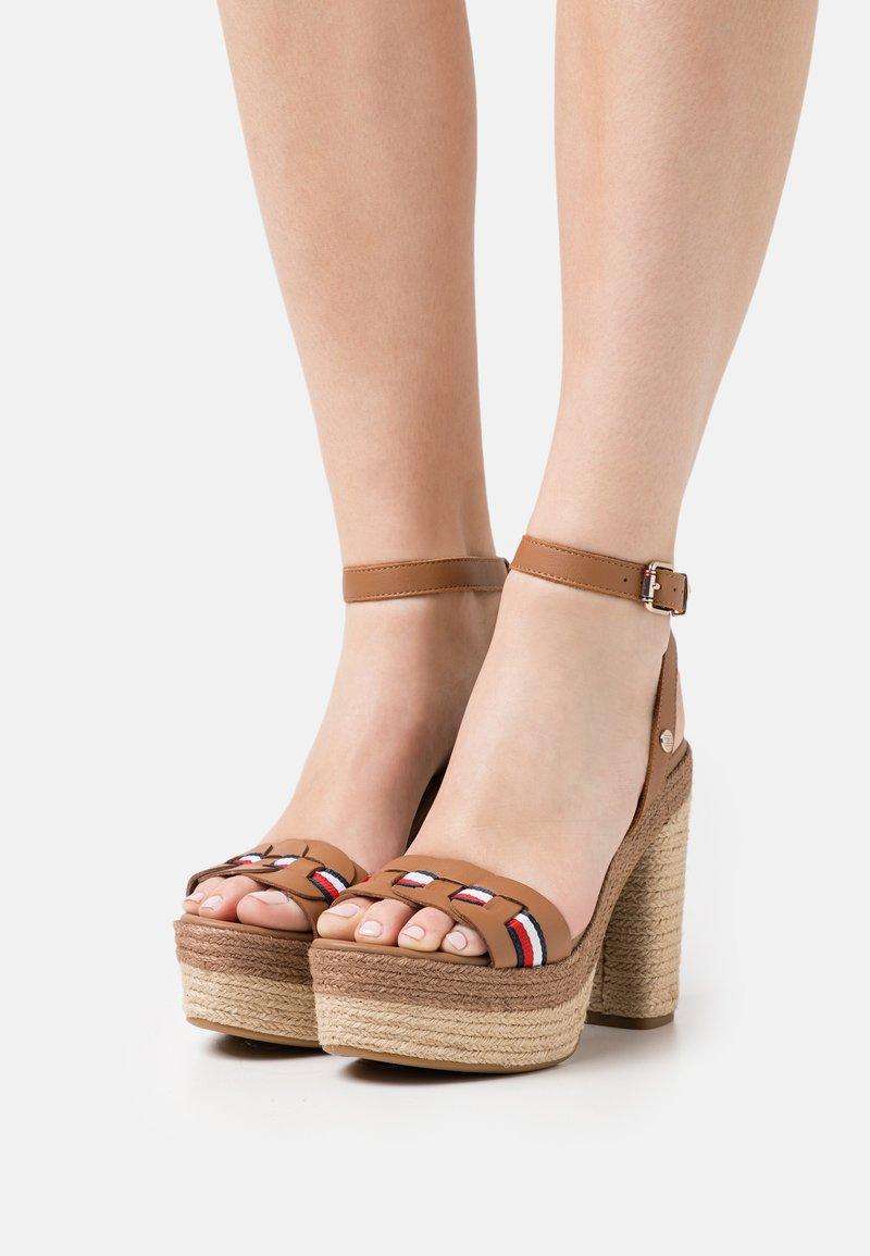 Tommy Hilfiger - INTERLACE - Platform sandals - summer cognac