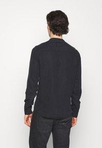 Tigha - Shirt - black - 2