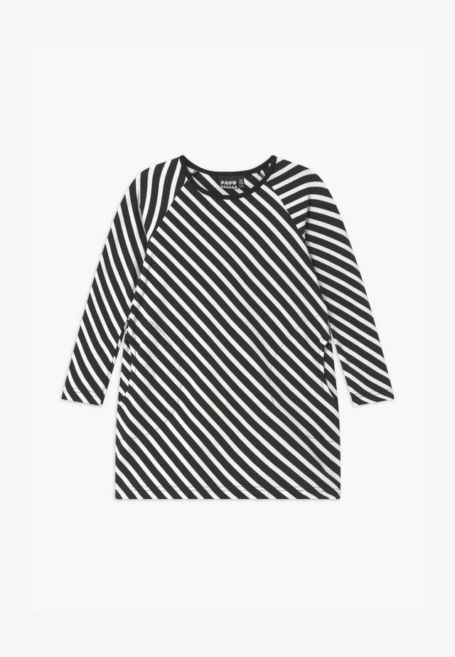 STRIPE - Žerzejové šaty - black sand