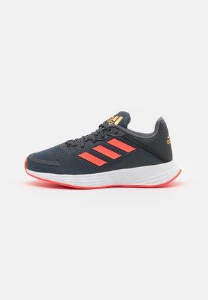 DURAMO UNISEX - Zapatillas de running neutras - grey six/solar red/carbon