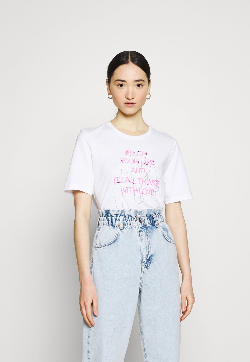 ONLY - ONLCHLOE LIFE BOXY - Print T-shirt - bright white