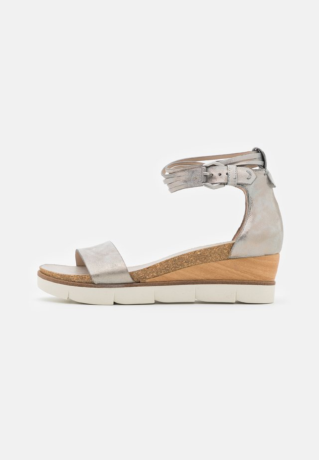 TAPASITA - Platform sandals - fossile