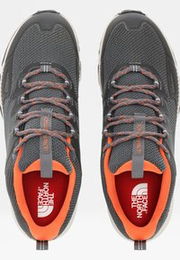 The North Face - M ULTRA FASTPACK IV FUTURELIGHT - Hiking shoes - zinc grey/persian orange - 4