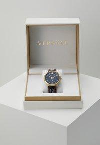 Versace Watches - CIRCLE GRECA EDITION - Watch - brown - 3