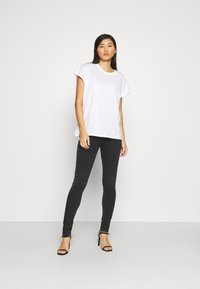 Replay - LEYLA HYPERFLEX RE-USED - Jeans Skinny Fit - dark grey - 1