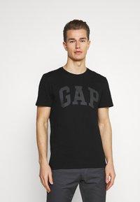 GAP - BASIC LOGO - Print T-shirt - true black - 0