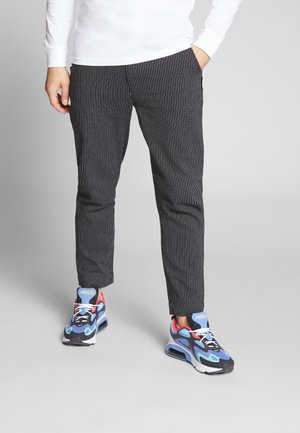 GAVIN TROUSER - Trousers - black
