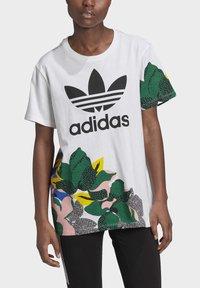 adidas Originals - HER STUDIO LONDON LOOSE T-SHIRT - Print T-shirt - white - 4