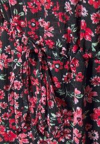 ONLY - ONLPELLA  - Hverdagskjoler - black/shore flowers pink - 6
