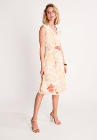 comma - Day dress - coral leaf - 1