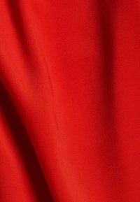 Esprit - BLUSE MIT ELASTIKSAUM, LENZING™ ECOVERO™ - Blouse - red - 3