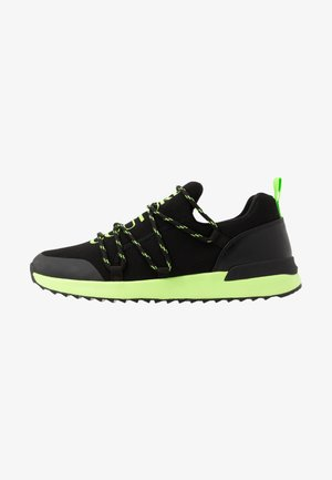Baskets basses - black/neon
