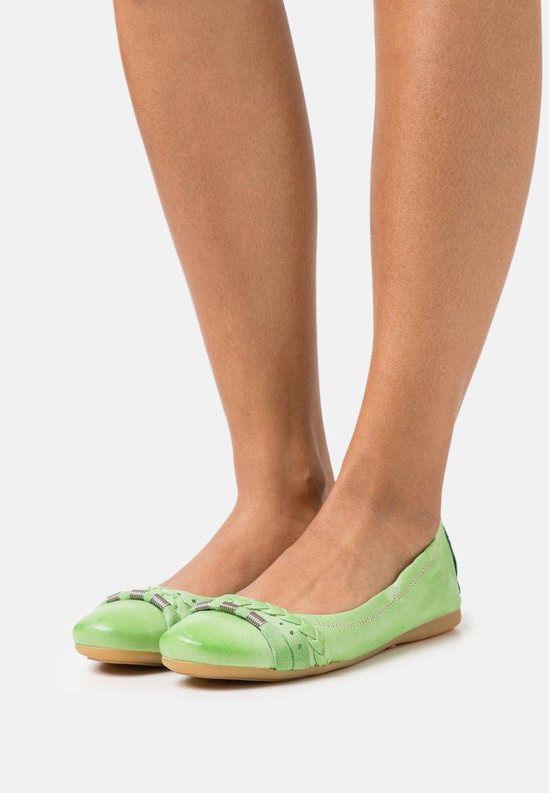 MJUS - CHANTAL CHANTALLY - Ballerina's - pistachio
