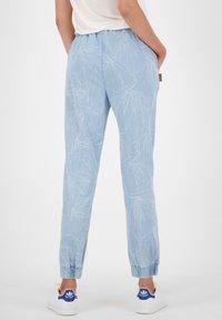 alife & kickin - ALICIAAK  - Relaxed fit jeans - light denim - 2