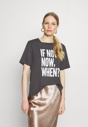 WITH WORDING - T-shirt med print - white