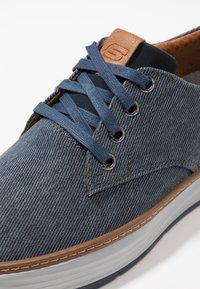 Skechers - MORENO - Zapatillas - navy - 5
