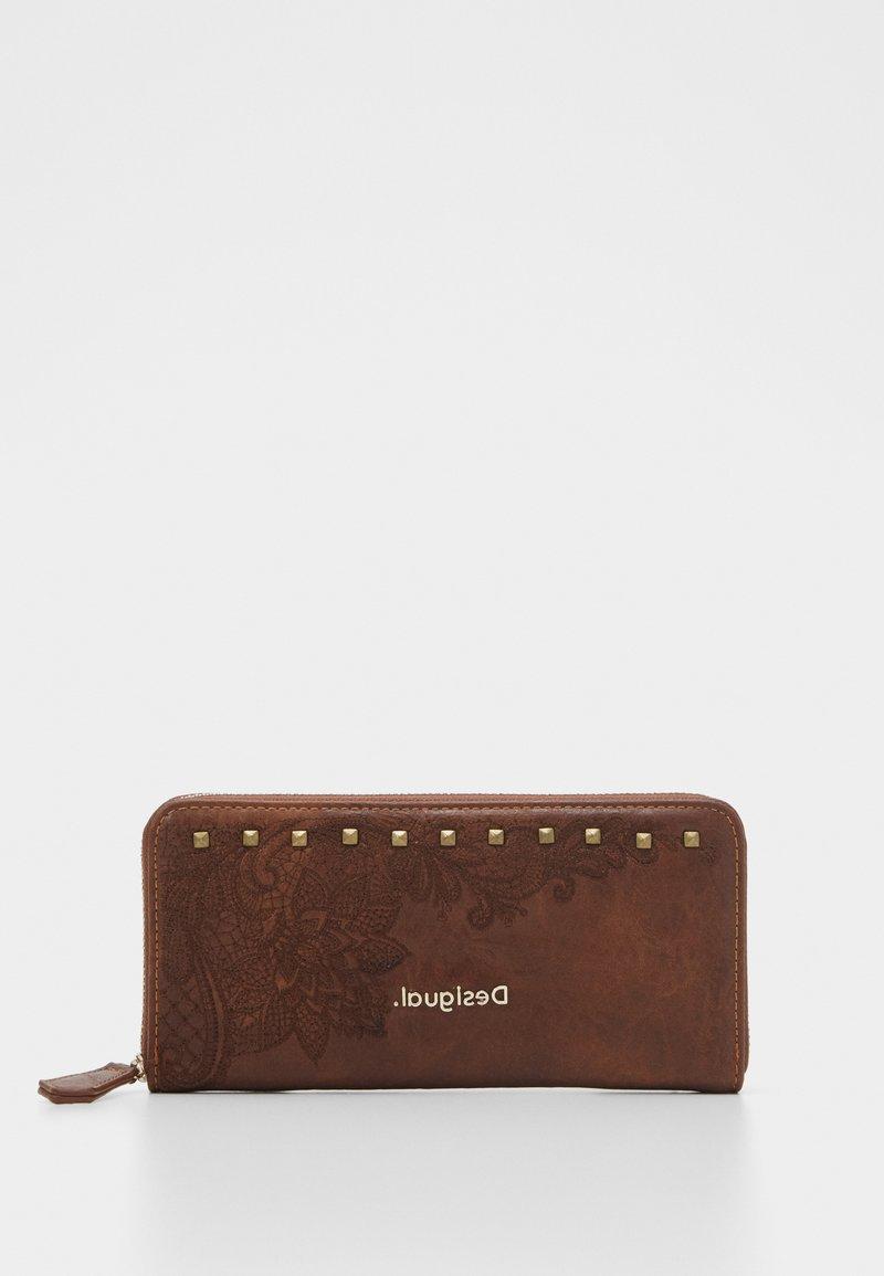 Desigual - MONE MARTINI ZIP AROUND - Wallet - brown