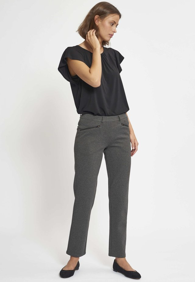RYLIE - Trousers - black
