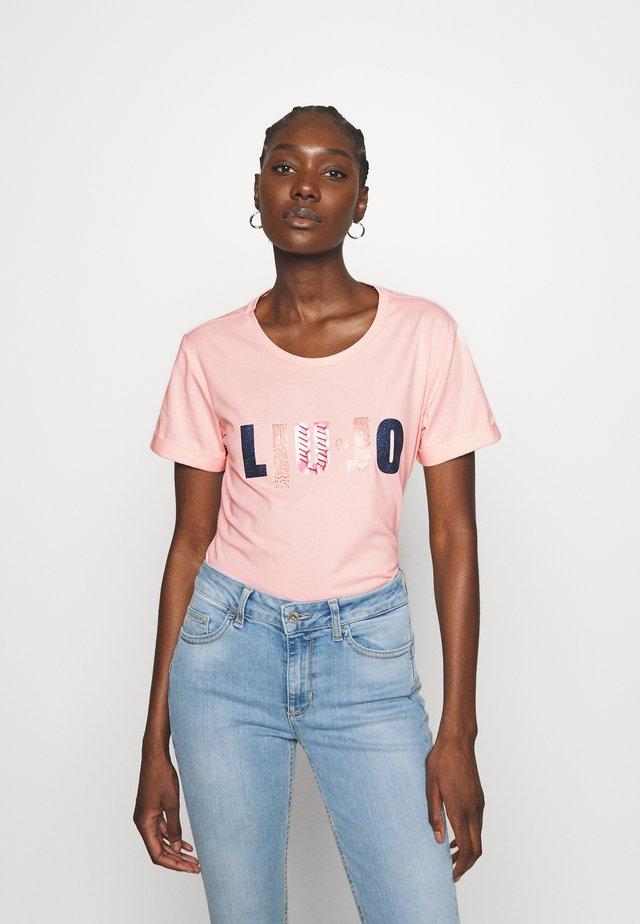 Print T-shirt - wild rose
