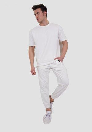 SET - Tracksuit bottoms - white