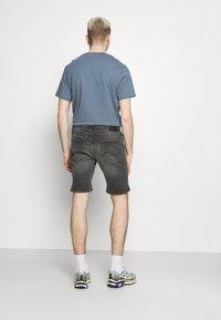 Jack & Jones - JJIRICK JJORIGINAL - Denim shorts - grey denim - 2