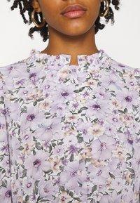 ONLY - ONLTAMARA LONG FLOWER DRESS - Denní šaty - white - 5