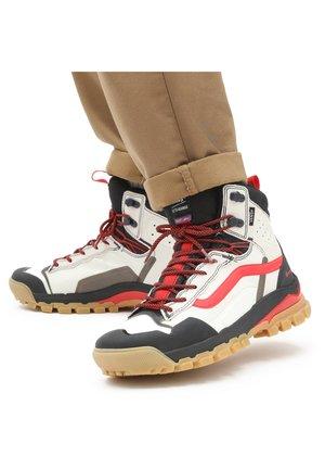 Lace-up ankle boots - (arthur longo)mrshmlw/blk