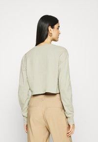 Zign - Botanical dyed - Langærmede T-shirts - olive - 2