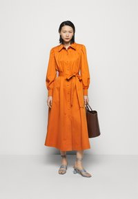 Tory Burch - ARTIST DRESS - Košilové šaty - tuscan orange - 1