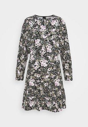 ELLEN DRESS - Jerseykjole - lilac