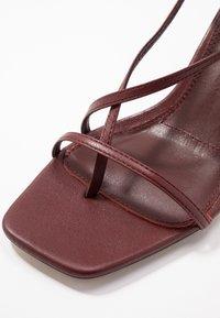 Topshop - NICO HEEL - Sandalias de dedo - burgundy - 2