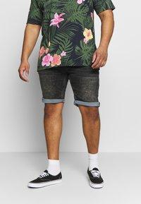Shine Original - Denim shorts - black mud - 0