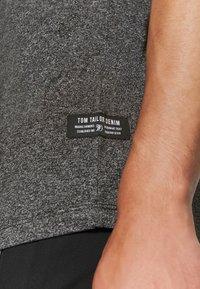 TOM TAILOR DENIM - T-shirt - bas - black - 5