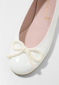 Pretty Ballerinas - SHADE - Ballet pumps - blanco - 6
