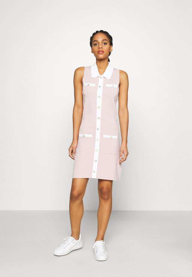 REVISTO - Gebreide jurk - rose pale