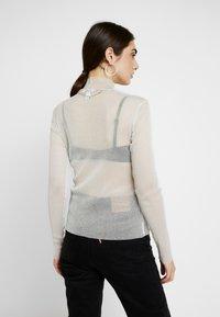 Monki - JAVA - Long sleeved top - white/silver - 2