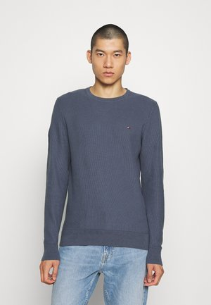 HONEYCOMB CREW NECK - Stickad tröja - blue
