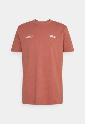UNISEX - T-shirts med print - light mahogany
