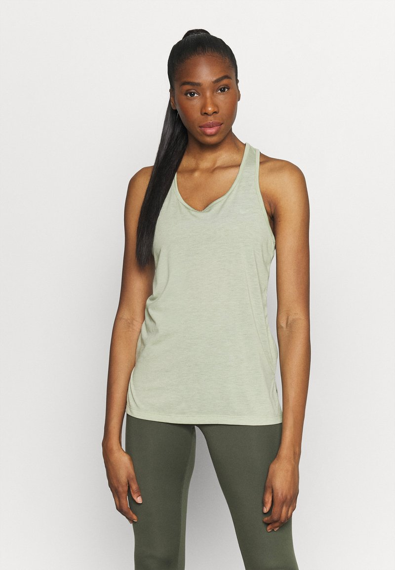 Nike Performance - YOGA LAYER TANK - Sportshirt - celadon heather/olive aura