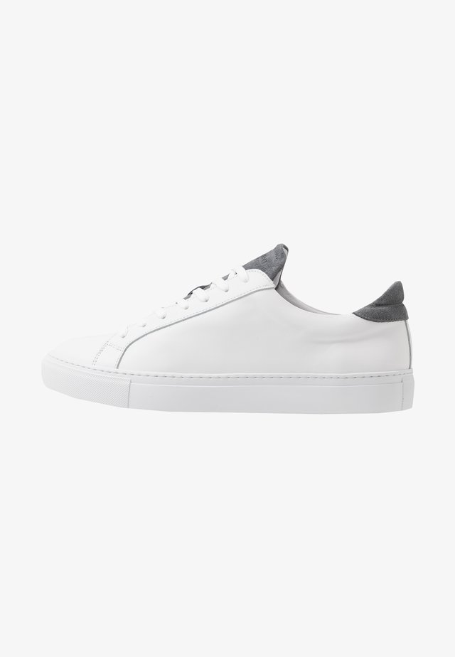 TYPE - Sneaker low - white/brain