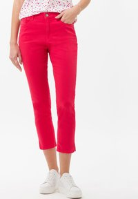 BRAX - STYLE CARO  - Slim fit jeans - pink - 0