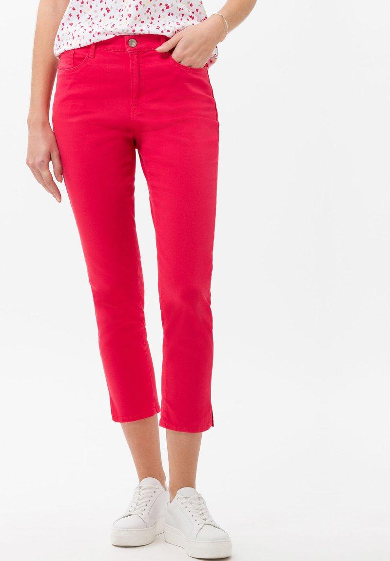 BRAX - STYLE CARO  - Slim fit jeans - pink