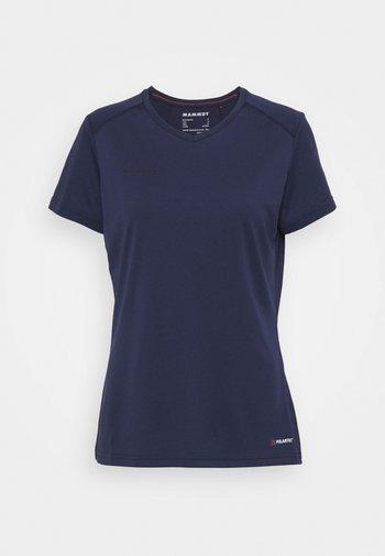SERTIG - Funkční triko - peacoat