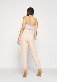 Missguided - QUILTED JOGGERS - Tracksuit bottoms - stone - 2